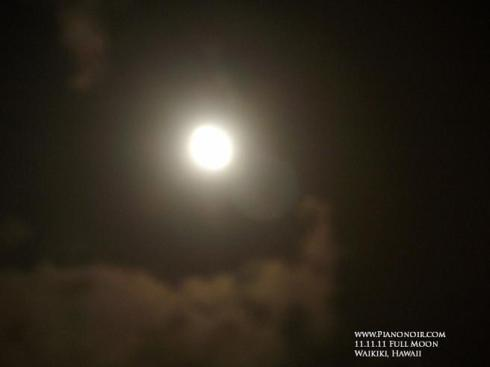 11.11.11 APEC under the Full Moon